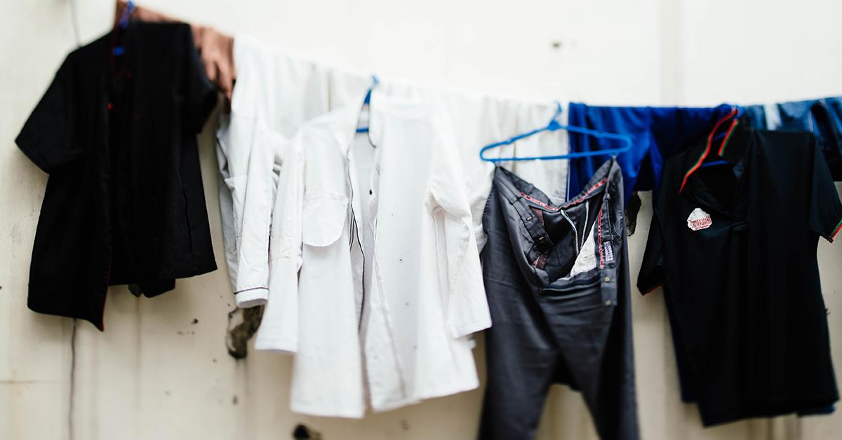comprar bien ahorros fantásticos comprar 7 Súper soluciones para recuperar la ropa desteñida | MyPoppins